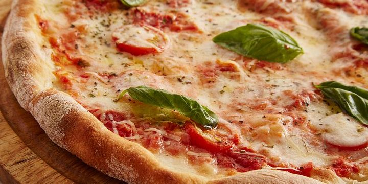 Why The Best Pizza Restaurants in Marrickville Rate Well Online